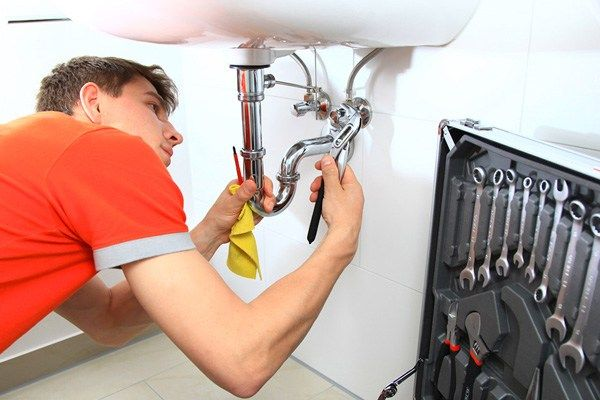 logo plombier montpellier