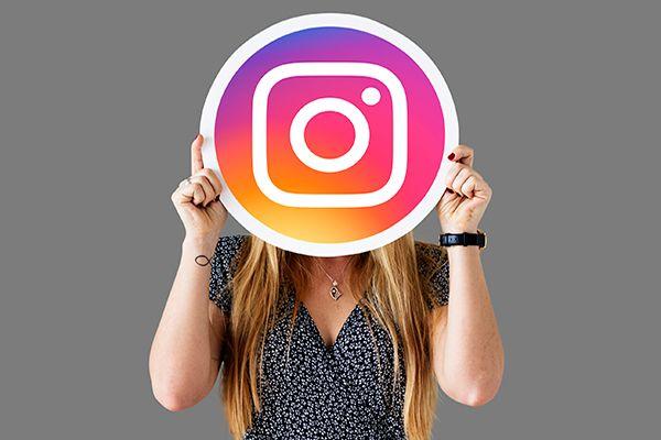 community management instagram